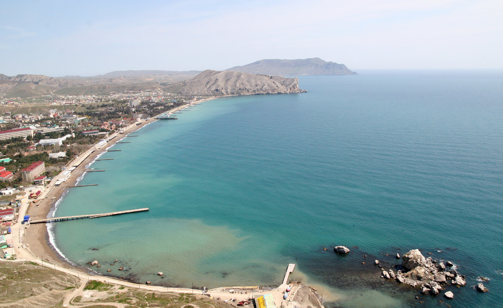 Город Судак - лучший отдых.  Азовское море или Черное?